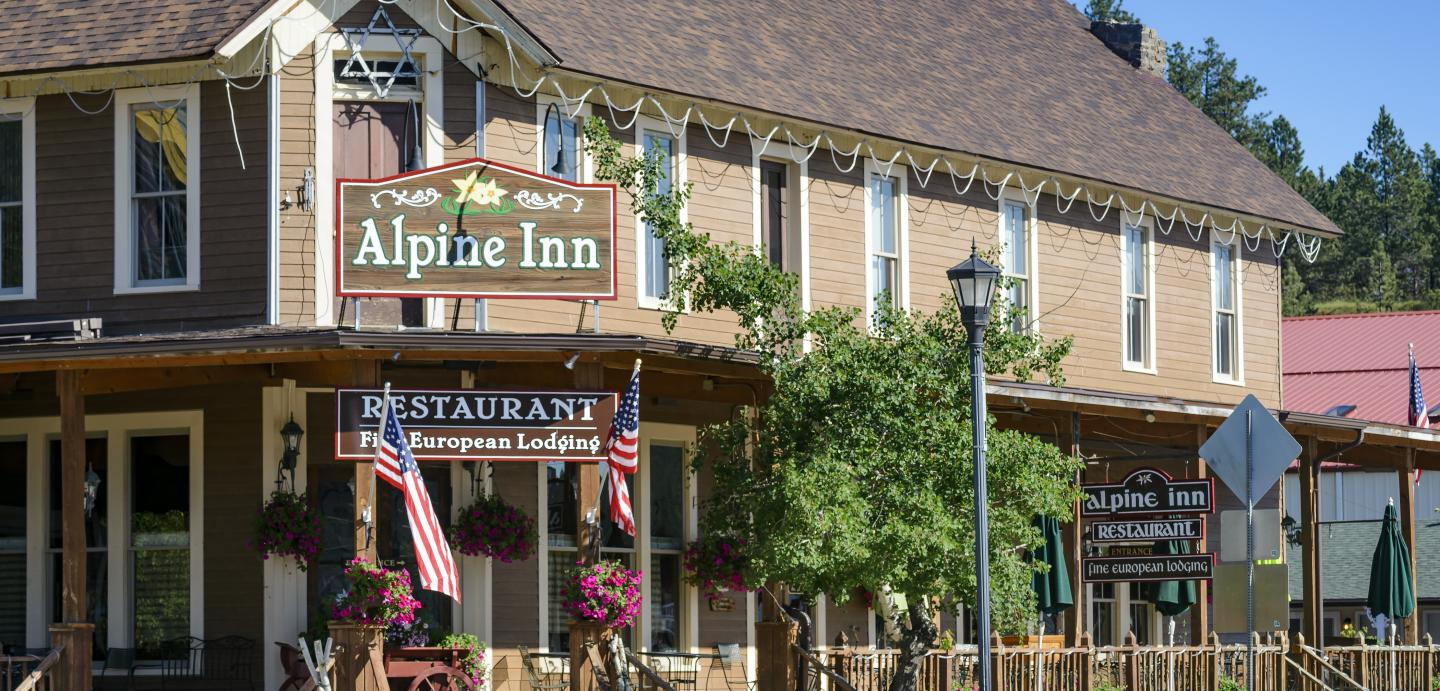 Alpine Inn, Hill City