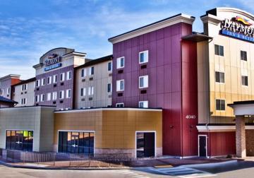 rapid city super 8 south dakota travel tourism site. Black Bedroom Furniture Sets. Home Design Ideas