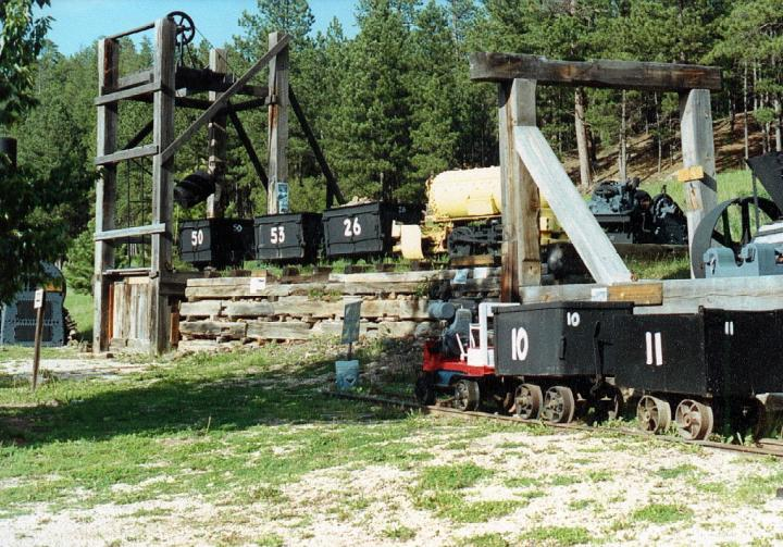 Wade's Gold Mill - Antique Gold Mining Museum