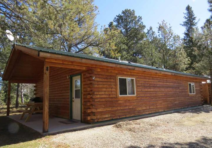 Mystic hills hideaway south dakota travel tourism site for Cabins near deadwood sd