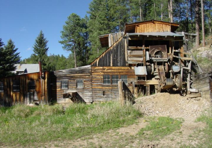 Wade's Gold Mill - Modern Mill